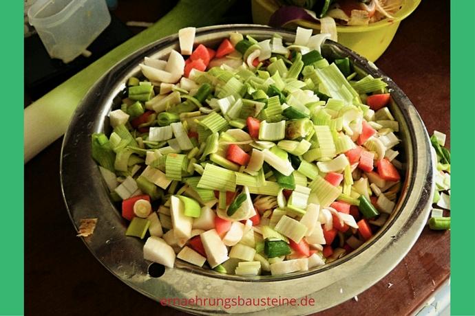 Gemüse für die Hühnersuppe